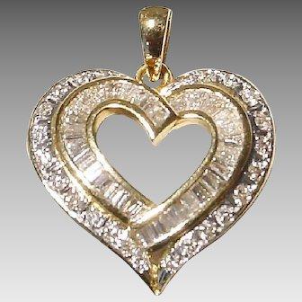 Fabulous Diamond Pendant 18 KT Yellow Gold - Sparkling Diamonds - Stacking & Penetrating Three Hearts - Romantic
