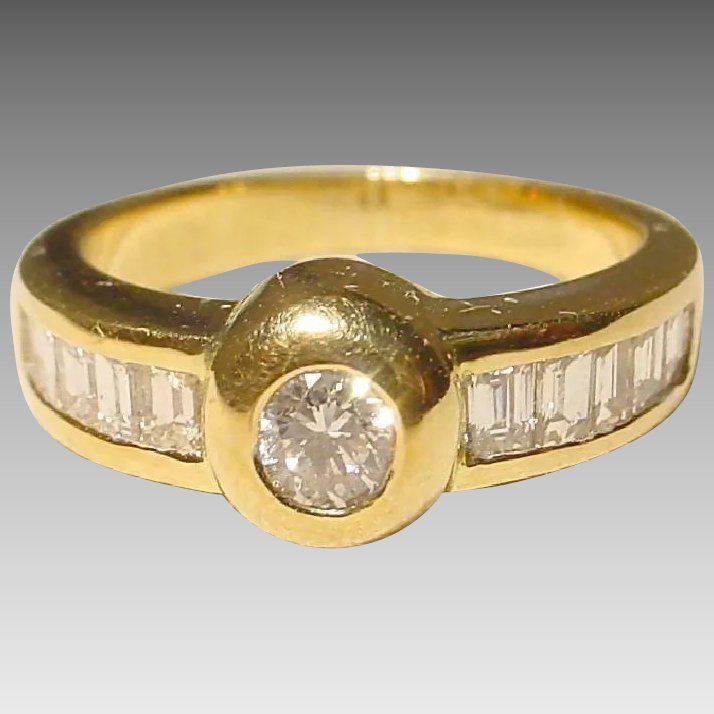 Round Ruby And Diamond Kt Yellow Gold Ring