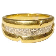 Truly Sparkling Diamond Ring 18K - Princess Square Diamonds All Channeled