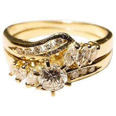 Most Elegant Wedding Ring Set - Diamond and Gold 18 KT Y-Gold - Solitaire on Lovely Bands