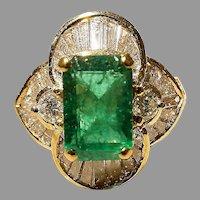 Gorgeous Floral Emerald Diamond Ring 18K Bursting Baguettes 60's