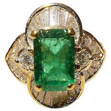 Gorgeous Floral Emerald Diamond Ring 18K Y-Gold - Bursting Baguette Diamond Petals - Vintage 60's