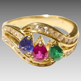 Stylish Luxe Multi-Gem & Diamond Ring 18 KT Yellow Gold - Three Stones Surrounding Diamonds