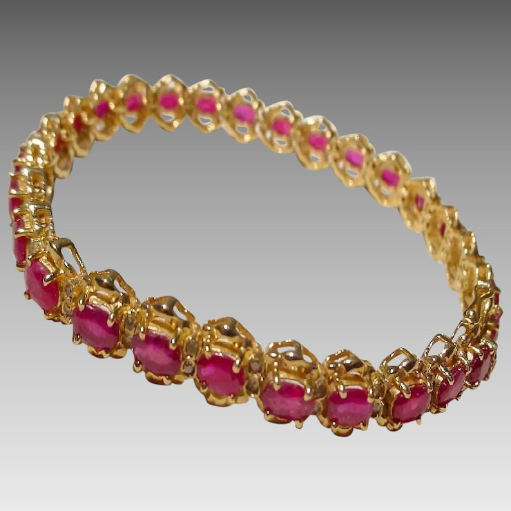 pin bracelet diamonds red kt w supper yellow gold ruby tennis y
