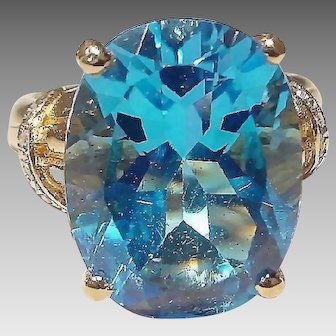 Radian Blue Topaz Ring Diamonds -14K Y-Gold-Large Stone Vintage 70's