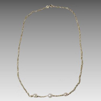 Akoya Cultured Pearls on Gold Chain Necklace 14K Y- Gold  Vintage