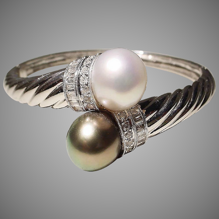 026d77b16d737 Sumptuous Bypass South Sea White Pearl & Tahitian Black Pearl Bangle  Bracelet 18K W-Gold - Gem Pearls Diamonds Vintage