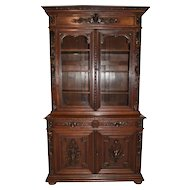 Magnificent Hunt Cabinet or Bookcase, Circa 1890's, Oak