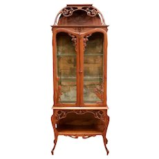 Lovely French Art Nouveau Display Cabinet, Walnut 1900's #8920