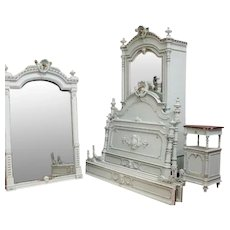 Elegant French Painted Bedroom Set, Nice Robins Egg Blue, Louis XVI