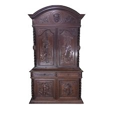 Impressive Antique Hunt Cabinet, Or Can Convert to Gun Cabinet, 19th Century