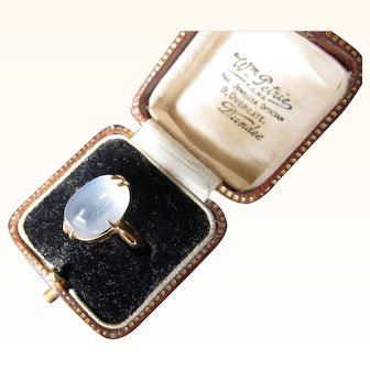Antique Victorian 22 kt. Gold Moonstone Ring  C.1900