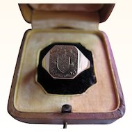 """Antique Victorian 18 kt. Gold """" Coat of Arms' Ring  C.1890"""
