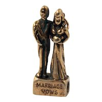 Bride & Groom Charm with Wedding Vows Stanhope Peep