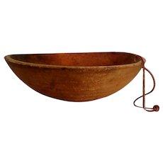 19th-Century Handcrafted Farmhouse Chestnut Wood Bowl Americana Folk Art