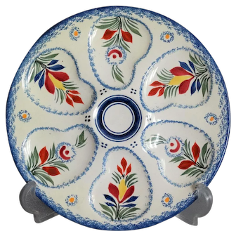 Circa 1930 French Quimper Oyster Majolica Wall Plate