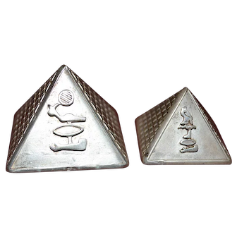 Vintage sterling silver decorative Egyptian pyramids set of 2
