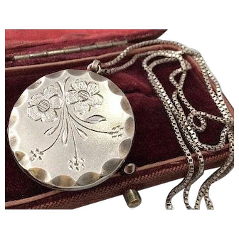Vintage sterling silver opening locket with chain