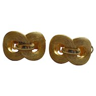 Vintage gold tone clip earrings