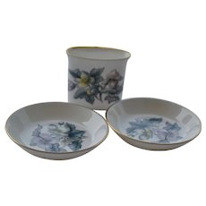 Royal Worcester Fine Bone China set of ashtrays and cigarette holder
