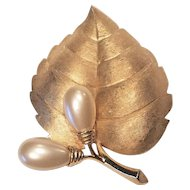 Vintage Crown Mark Trifari Gold Tone Metal Stain finish Faux Pearl Pin