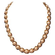 Vintage Retro Gold Tone Chain With Glass Pearls Necklace