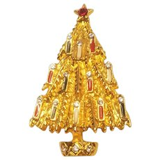 Vintage Unsigned Art Christmas Tree Pin With Candles And Rhinestones