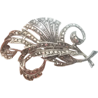 Vintage Sterling Silver Marcasite Leave And Swirl Pin