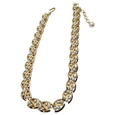 Vintage Crown Trifari Choker Necklace Gold Tone Ovals Pattern Faux Pearls