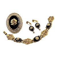 Vintage Celebrity Gold Tone Filigree Black Glass Rose Pin Pendant Bracelet Earrings Set