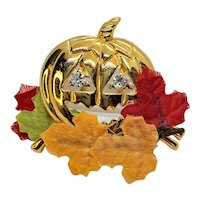 Vintage Avon Fall Pumpkin Face Pin With Leaves And Rhinestones
