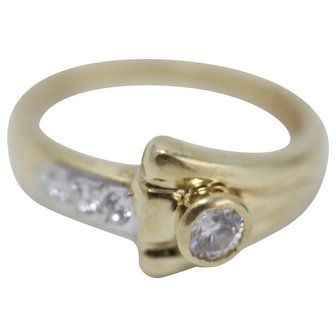 Vintage 14k Yellow Gold Diamond Art Deco Style Ring