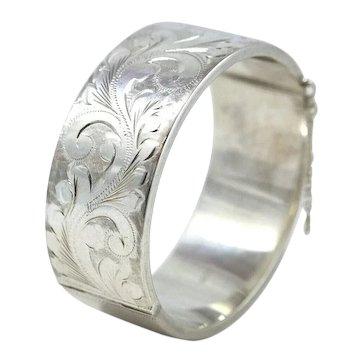 Joseph Smith & Sons (Birmingham) Ltd. 1986 Sterling Silver Wide Bangle Bracelet With Foliate Design