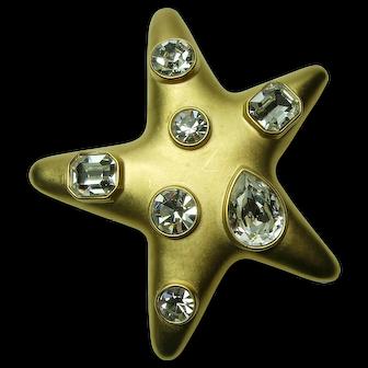1980s Kenneth Lane KJL Very Big Brooch Star Form Brilliant Headlight Glass Stones on Chunky Double Chain