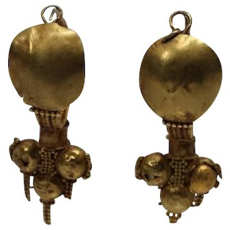 Authentic Roman 2-3 Century 22K Yellow Gold Earrings in Original Condition