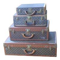 Louis Vuitton Luggage Group - Vintage
