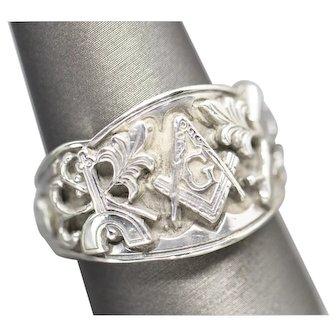 Vintage Men's Sterling Silver Freemason Masonic Band Ring Size 10.5