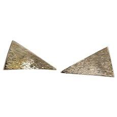 Vintage Brutalist Textured Solid 14k Yellow Gold Triangle Cufflinks