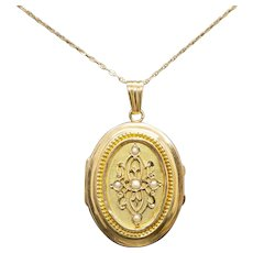 Victorian Seed Pearl Locket with Glass Case in 14k Yellow Gold