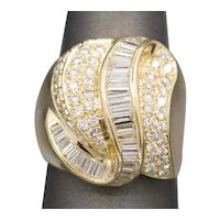 SPARKLING Baguette and Round Diamond Bold Cocktail Ring in 18k Yellow Gold