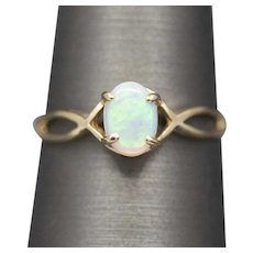 Classic Opal Solitaire Ring in 14k Yellow Gold