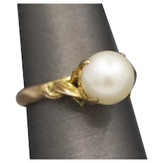 Vintage Pearl Solitaire Ring with Claw Prongs in 14k Yellow Gold