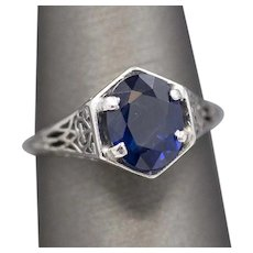 Art Deco Blue Sapphire Ring in 18k White Gold