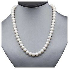 9.5mm Freshwater Pearl Rondel Shape Necklace with White Gold 18k Clasp 16.5""