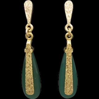 Gorgeous Green Chrysoprase Dangle Earrings in 14k Yellow Gold, Mid-Century Drop Earrings