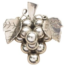 Handmade Vintage Sterling Silver Grape Cluster Pin Brooch Pendant Made in Mexico