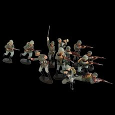 Vintage 1930s German Infantry Squad in Combat Collection 12 x German LINEOL ELASTOLIN Toy Soldiers