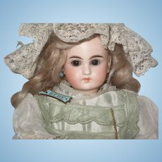 French face Beautiful  closed dome head doll 183-2  11 inch.