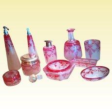 "RESERVED - Exceptional VAL-SAINT-LAMBERT Cranberry Cameo Vanity Set - ""Guirlande rose / Pink Garland"" (D2)"