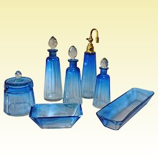 RESERVED - D29 - Elegant BACCARAT / MOSER Faceted BLUE Crystal Boudoir Set - Almost mint collectibles - 16 PIECES
